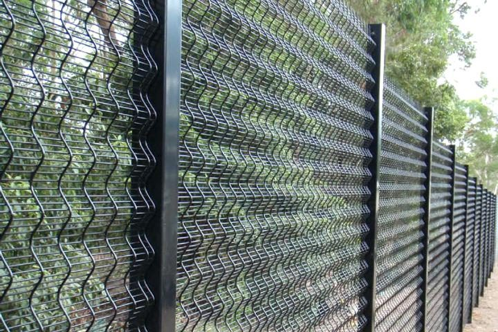 security-fence-security-fence-security-fence-company-peoria-illinois